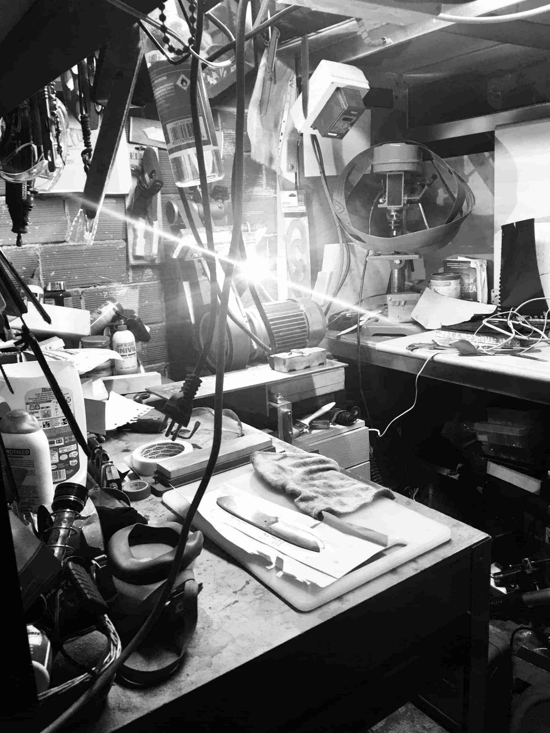 Oficina do fabricante da faca