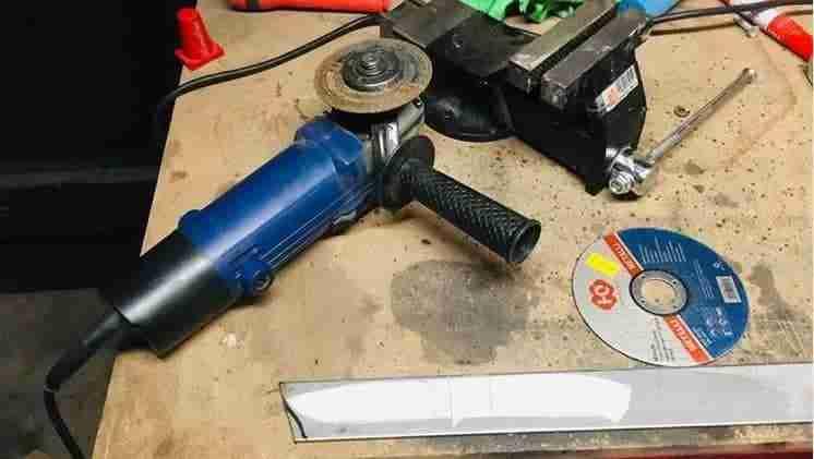 tagliare, Come tagliare la barra di acciaio